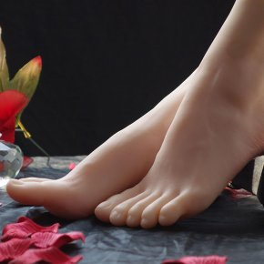 High end Fetish Products,realistic Soft Sex Doll Real Skin Fake Feet male masturbati