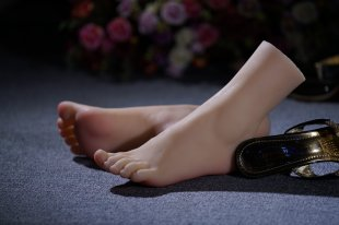 Top Quality New Sex Product,Soft Feet Fetish Toys for Man,Lifelike Female Feet Manne
