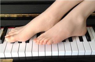 Model female foot hot cloning, foot fetish, footfetish girl feet fetish toys