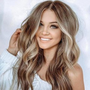 Blonde Wavy Long Classic Wigs